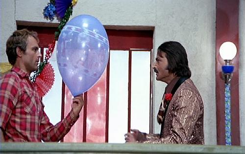 Ok. Não chores. Este balão faz parte do teu ordenado.