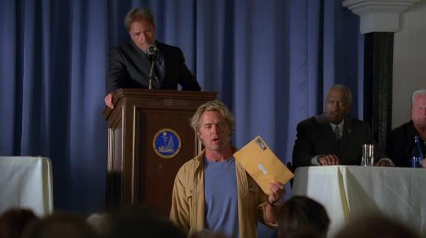 Armand, cheira-me que o teu nome tá aqui dentro do envelope dos Razzies.