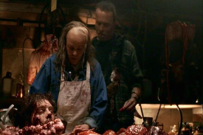Ó anormal, a ver se não te esqueçes das batatas para comer com o guisado dessa cabeça.